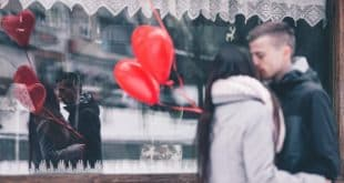 couple with baloons